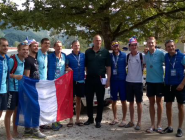 Sir @SteveRedgrave1 with the French LM8+ silver medalist! @WorldRowing @Avironfrance #WRChamps #WRCH2015  http://t.co/gXxUNf90nr
